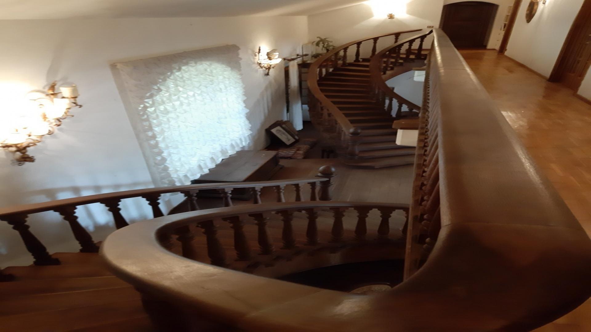 Periferia Sud, 6 Bedrooms Bedrooms, ,3 BathroomsBathrooms,Indipendente,Vendita,1074