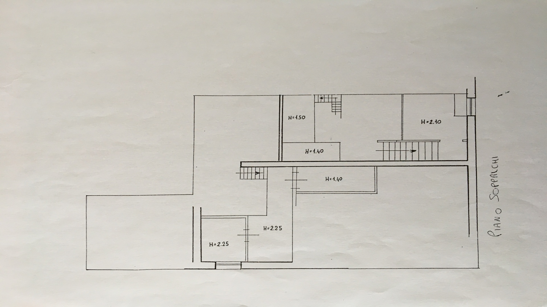 Centro Residenziale, 4 Bedrooms Bedrooms, 4 Rooms Rooms,1 BagnoBathrooms,Ufficio,Vendita,1244